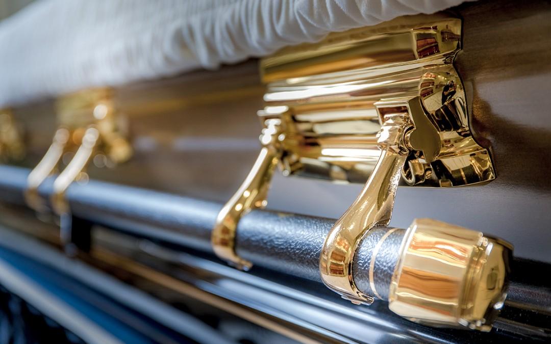 Batesville Classic Gold - Exterior